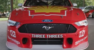 Ryan Briscoe Drives The Ford Mustang Supercar At VIR