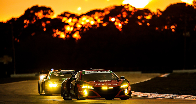 #86 Meyer Shank Racing w/Curb-Agajanian Acura NSX GT3, GTD: Mario Farnbacher, Matt McMurry, Shinya Michimi